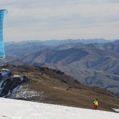 snowkite-kite-zima-kitesurfing